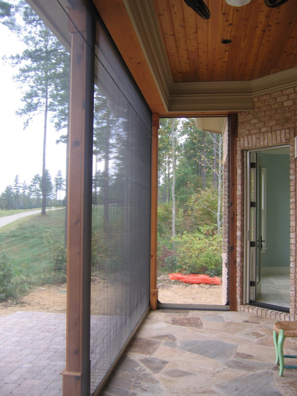 Image Gallery Executive Motorized Retractable Screens